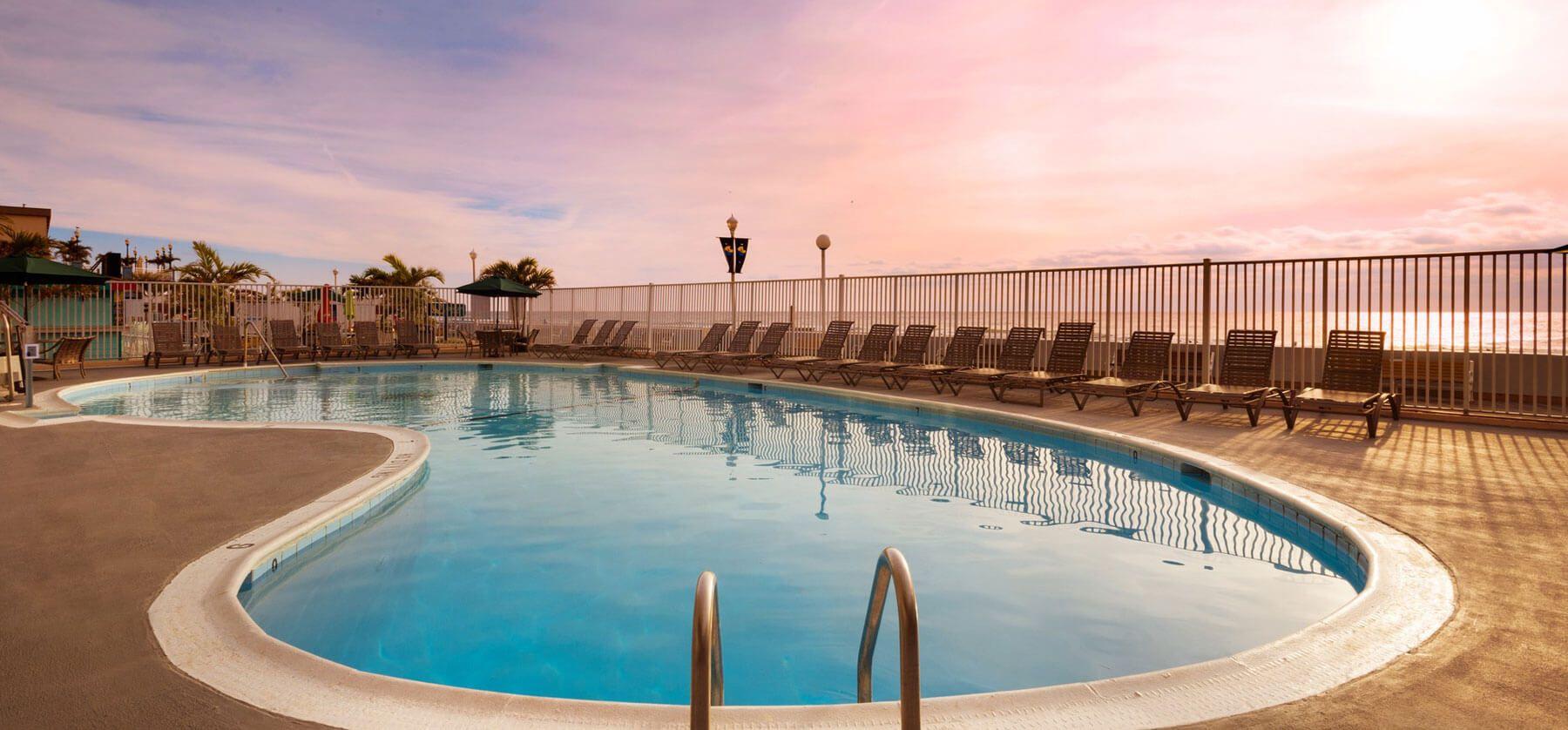 Ocean City, MD Beachfront Hotel   Quality Inn Boardwalk