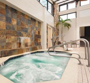 Hot tub at Quality Inn Boardwalk - Maryland